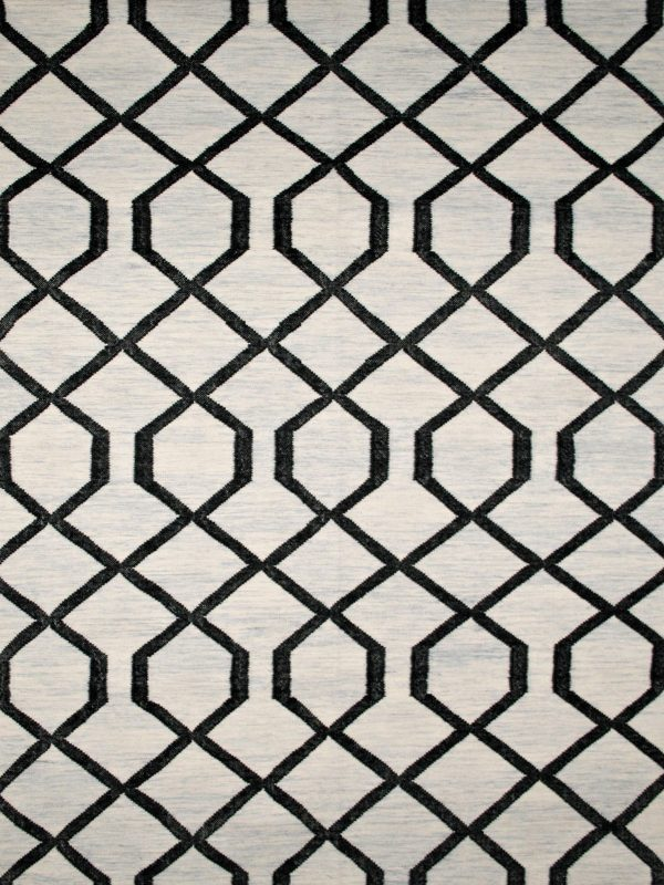black line geometric rug