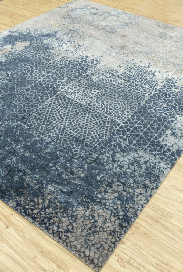 blue transitional rug with silver silk