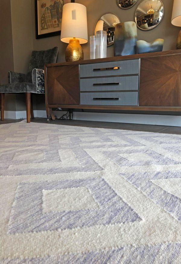 purple geometric rug