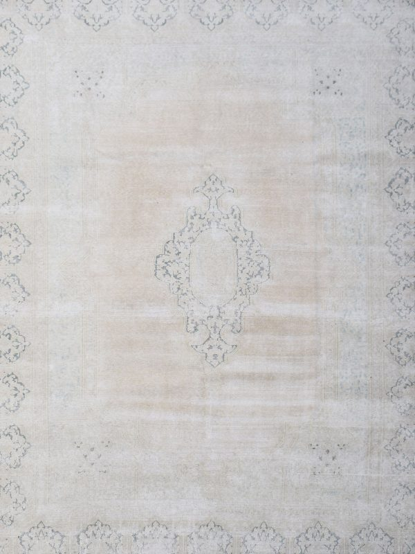 faded vintage classic rug