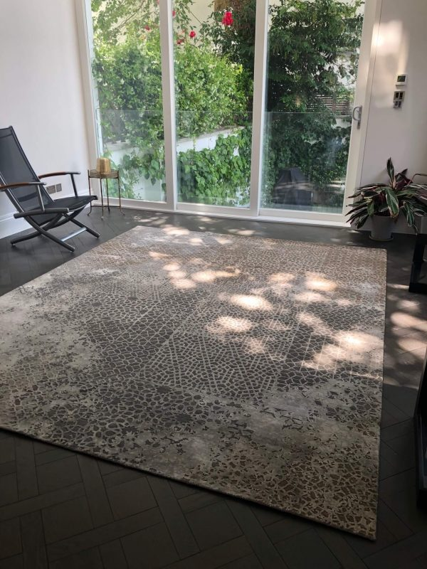 transitional luxury rug with copper
