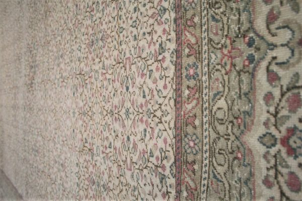 traditional rug with cream