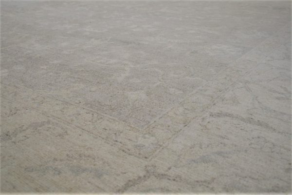 classic rug grey