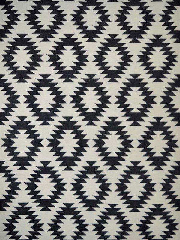 geometric kelim rug black and white